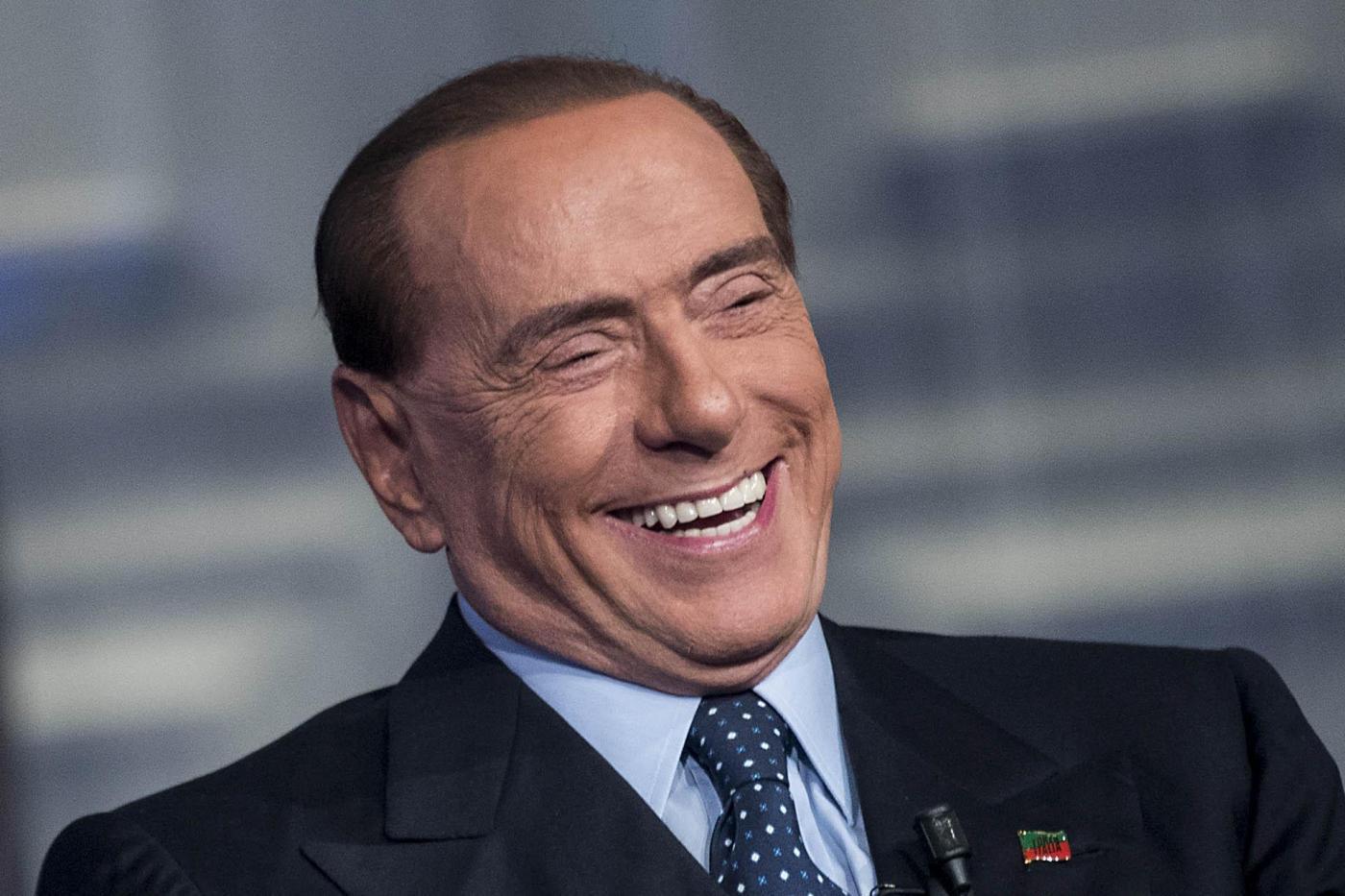 Berlusconi ricoverato al San Raffaele: tracce di polmonite bilaterale