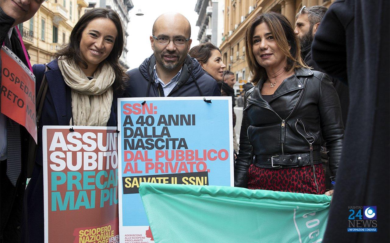 """Sciopero dei medici a Napoli, i """"camici bianchi"""" incontrano De Luca: """"Più impegno alla Conferenza Stato-Regioni"""""""