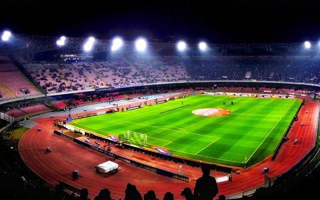 Napoli in piena crisi, un altro KO con la Lazio