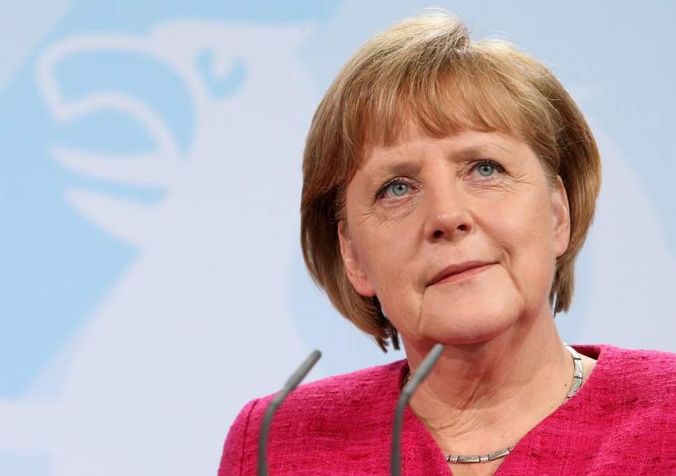 Coronavirus, Merkel vuole chiudere negozi e scuole dal 16 dicembre