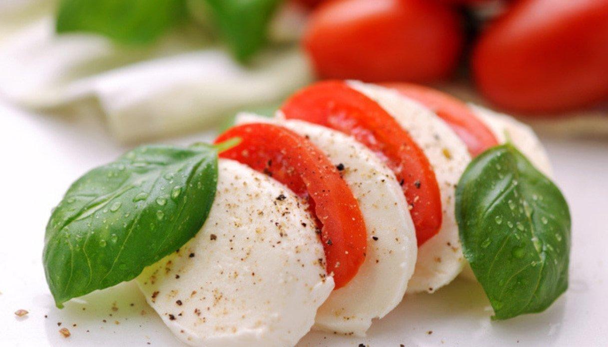 """Food: Arriva """"Bufala Campana"""", la prima guida alla scoperta della mozzarella Dop"""