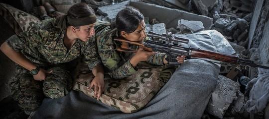 Siria, comandante curda: non lasciateci soli, Ue fermi massacro