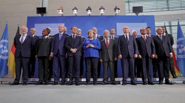 """LIBIA, ACCORDO SULL'EMBARGO ARMI. CONTE: """"SODDISFATTI, PASSI AVANTI"""""""