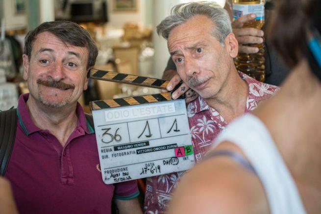 """CINEMA: ALDO, GIOVANNI E GIACOMO SULLE NOTE DI BRUNORI SAS IN """"ODIO L'ESTATE"""""""
