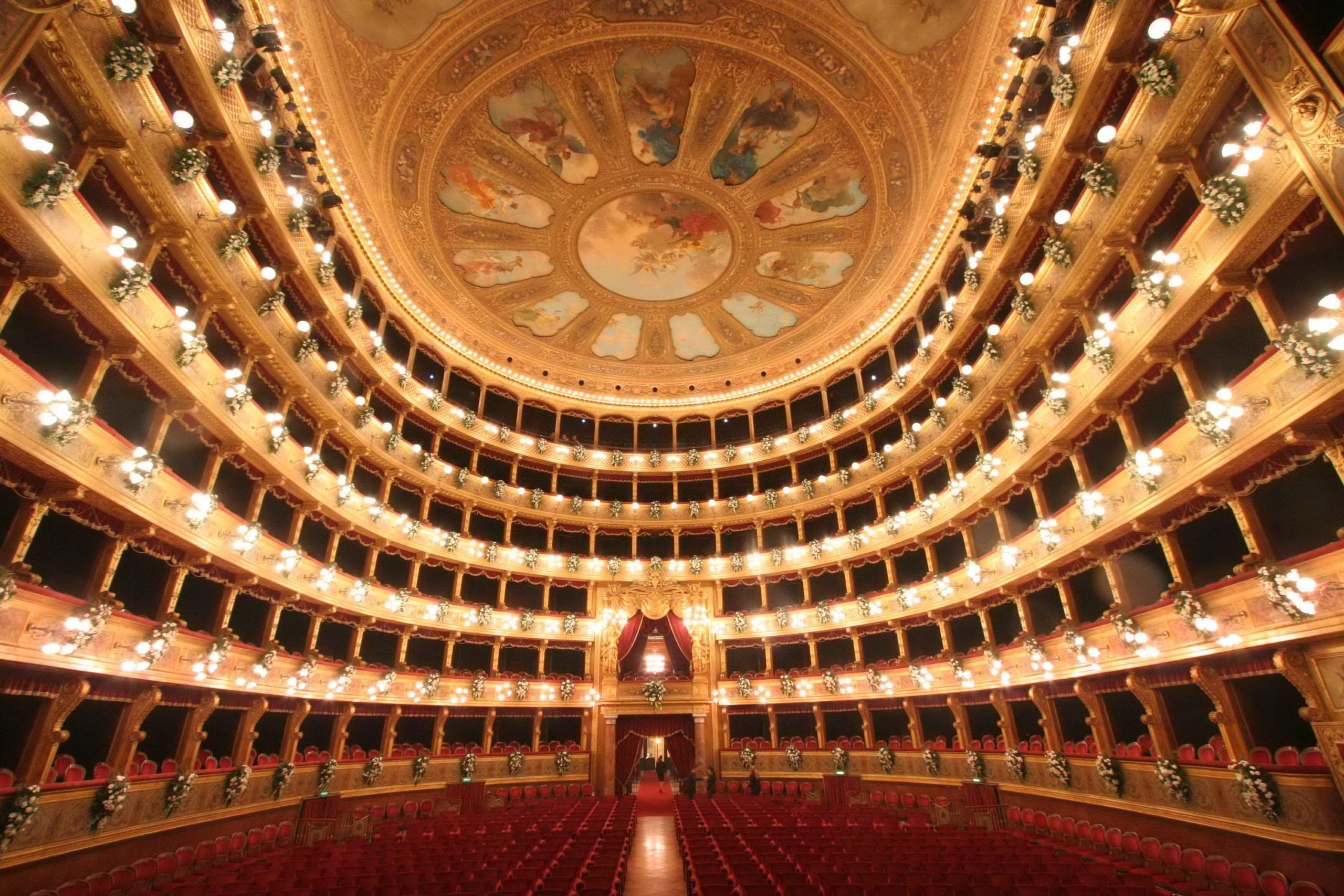 """Al teatro """"Massimo"""" di Palermo lo spettacolo va avanti, programmazione su web tv"""