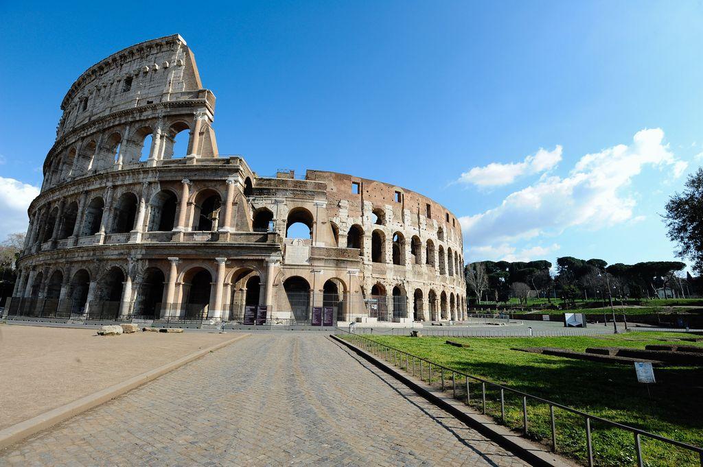 TOURING CLUB LANCIA CAMPAGNA 'PASSIONE ITALIA'
