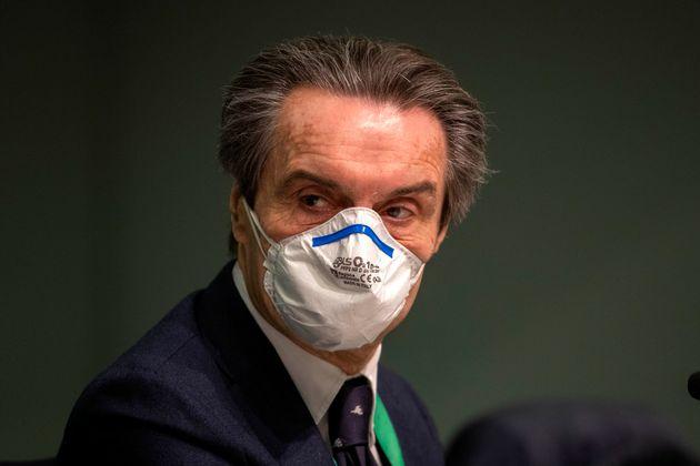Coronavirus, Lombardia: finalmente no alle mascherine all'aperto se c'è distanza