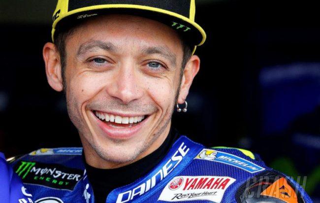 """MotoGP: Valentino Rossi """"non voglio smettere senza correre"""""""
