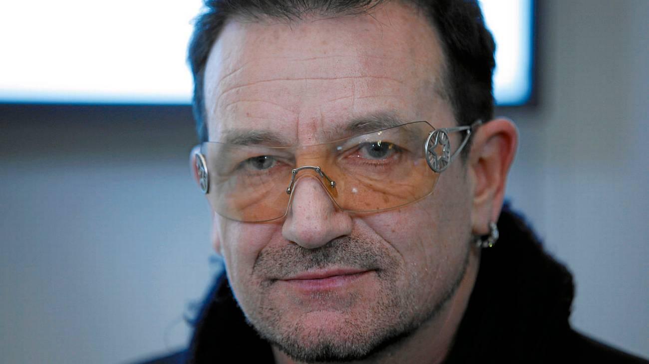 U2: BONO COMPIE 60 ANNI, UNA VITA DI MUSICA E IMPEGNO SOCIALE
