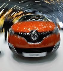 Renault licenzia 15mila operai, 4.600 in Francia