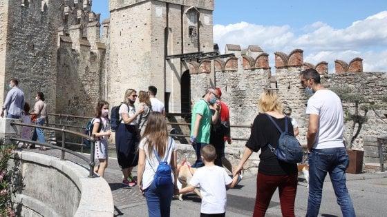 """Di Maio apre al turismo: """"Lavoriamo per riaprire tutti i Paesi Ue il 15 giugno"""""""