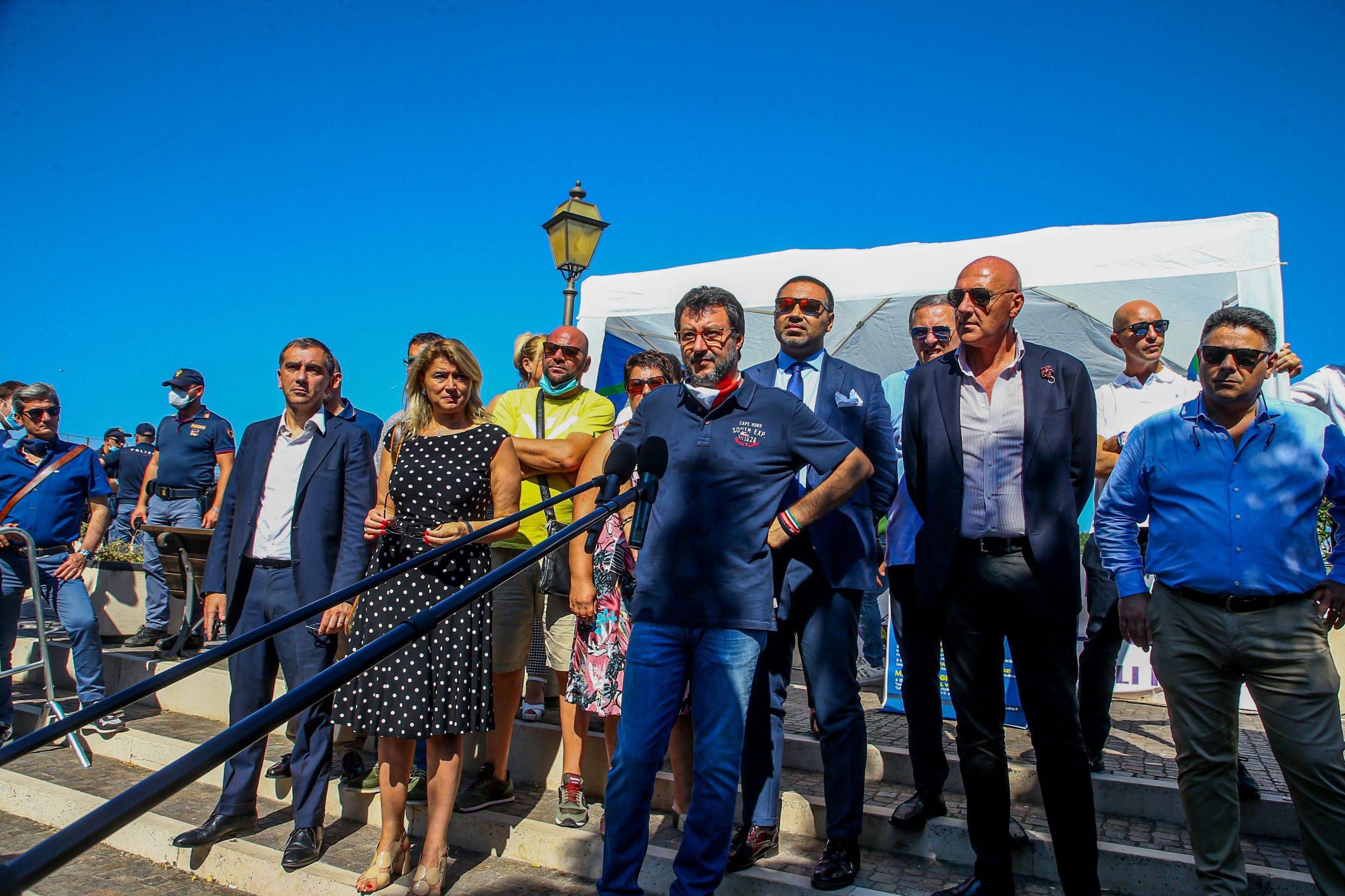 Salvini, a Mondragone avrei parlato di lavoro e ambiente