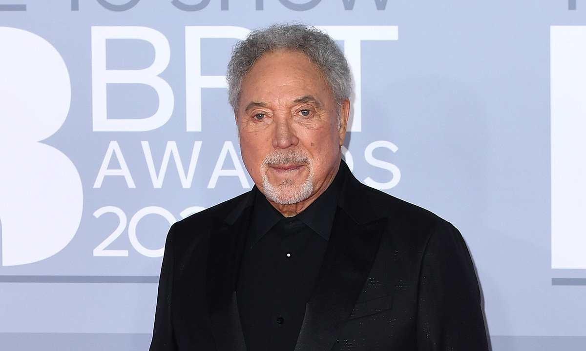 Tom Jones, l'interprete di Sex Bomb compie 80 anni