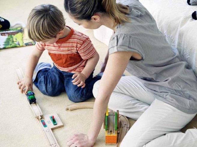 Baby-sitter, come assumere: tutti i passaggi