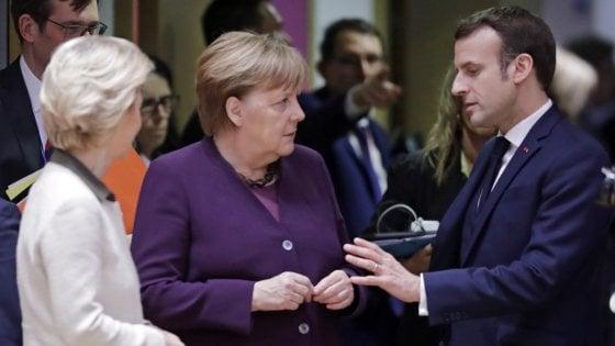 """""""Prepariamoci alla prossima pandemia"""", l'appello di Merkel e Macron"""