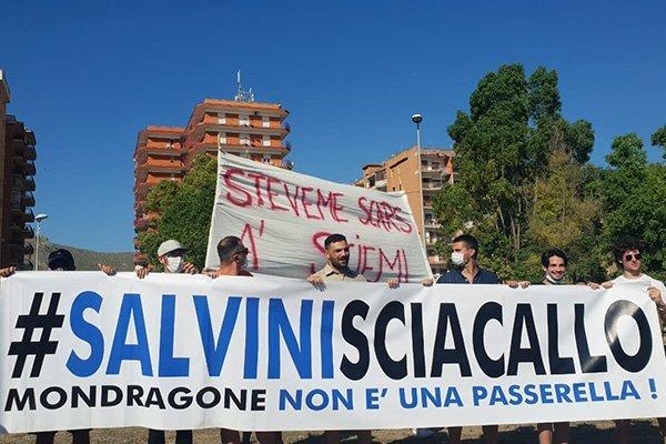Mondragone: piazza blindata a Castel Volturno per l'arrivo di Salvini