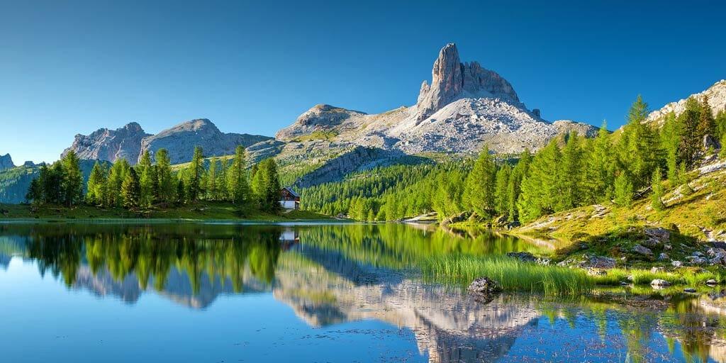 Turismo, brevi e in montagna. Ecco vacanze degli italiani