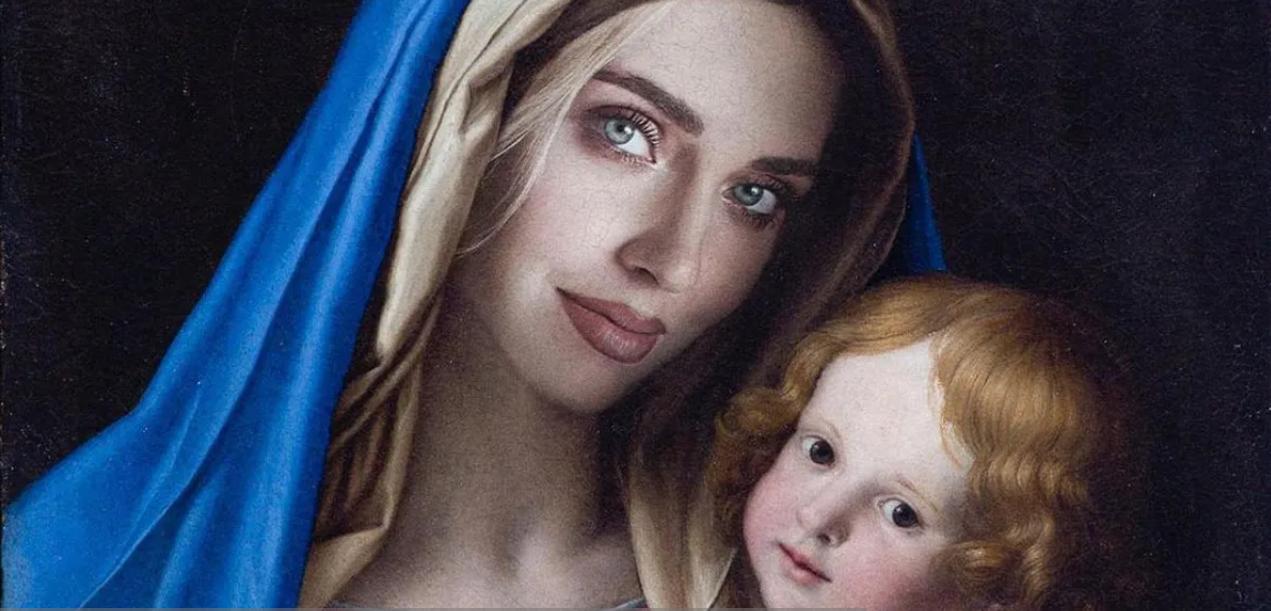 Madonna con volto Ferragni in presepe, è polemica a Pontedera