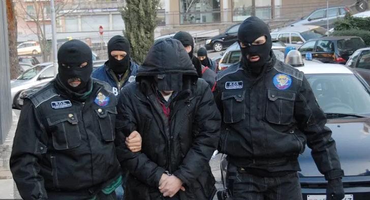 Auto-addestramento ad attività  terroristiche, arrestato un italiano.