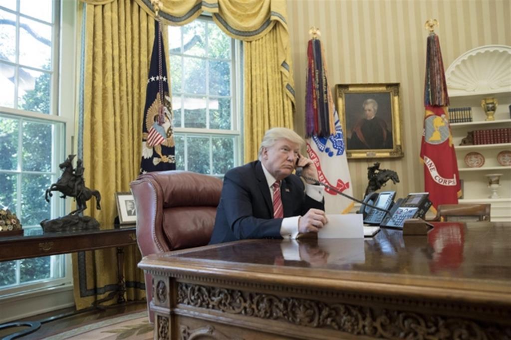 Trump ha sondato vertici Usa per colpire sito in Iran. Pence,Pompeo e Milley lo hanno dissuaso, alto rischio di conflitto.