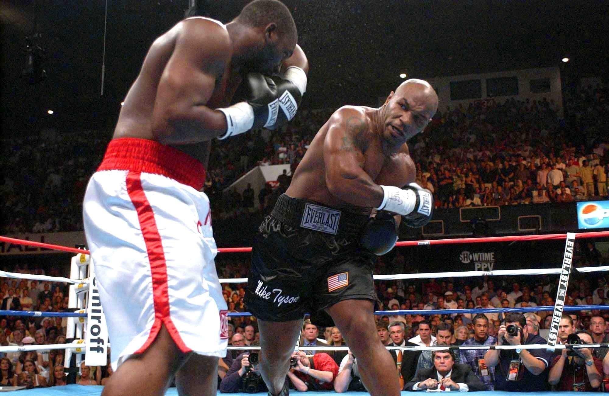 Boxe, Holyfield sfida di nuovo Tyson: Pronto a tornare