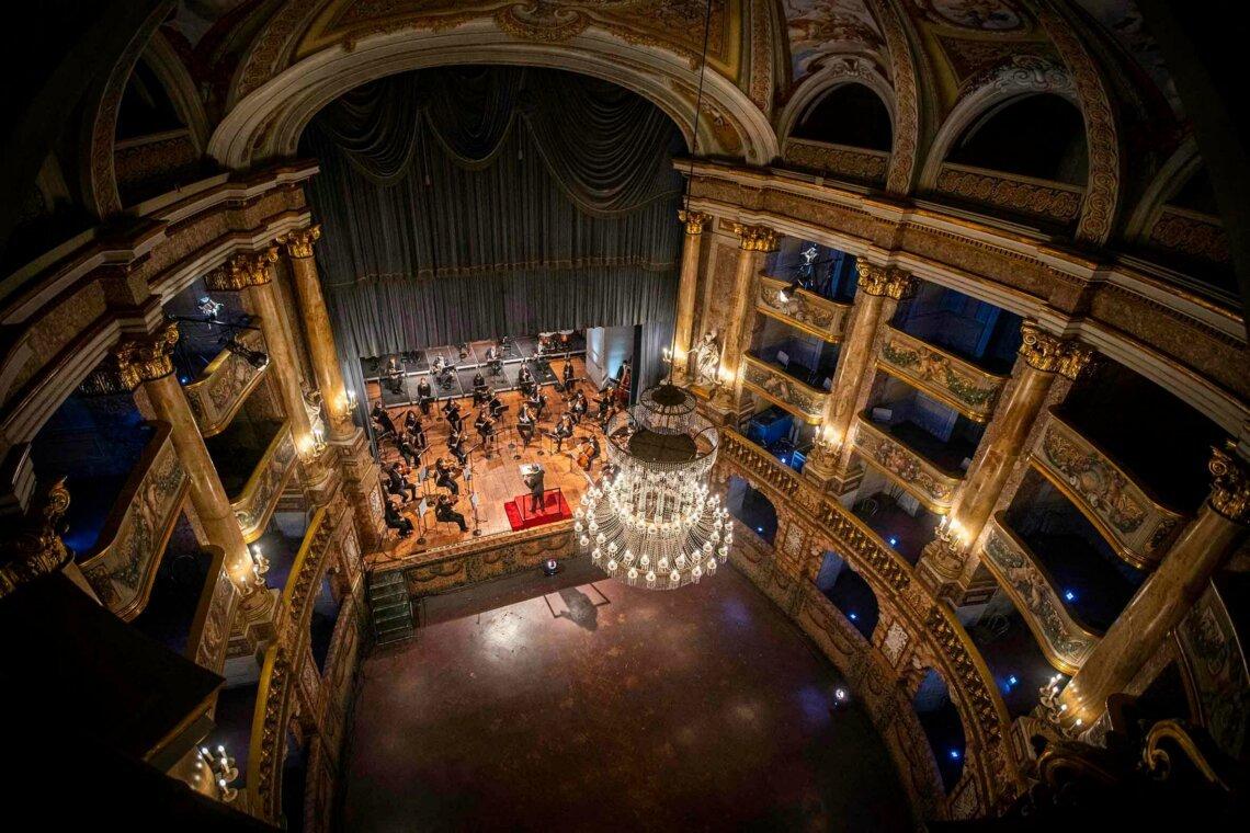 """Musica. Muti dirige nella Reggia di Caserta, """"Qui storia e bellezza"""""""
