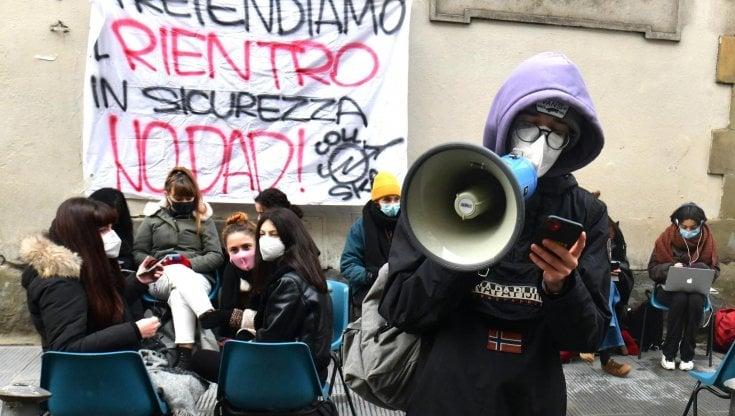 """Scuola: Domani la UIL in piazza, """"Rientro in presenza e in sicurezza"""""""