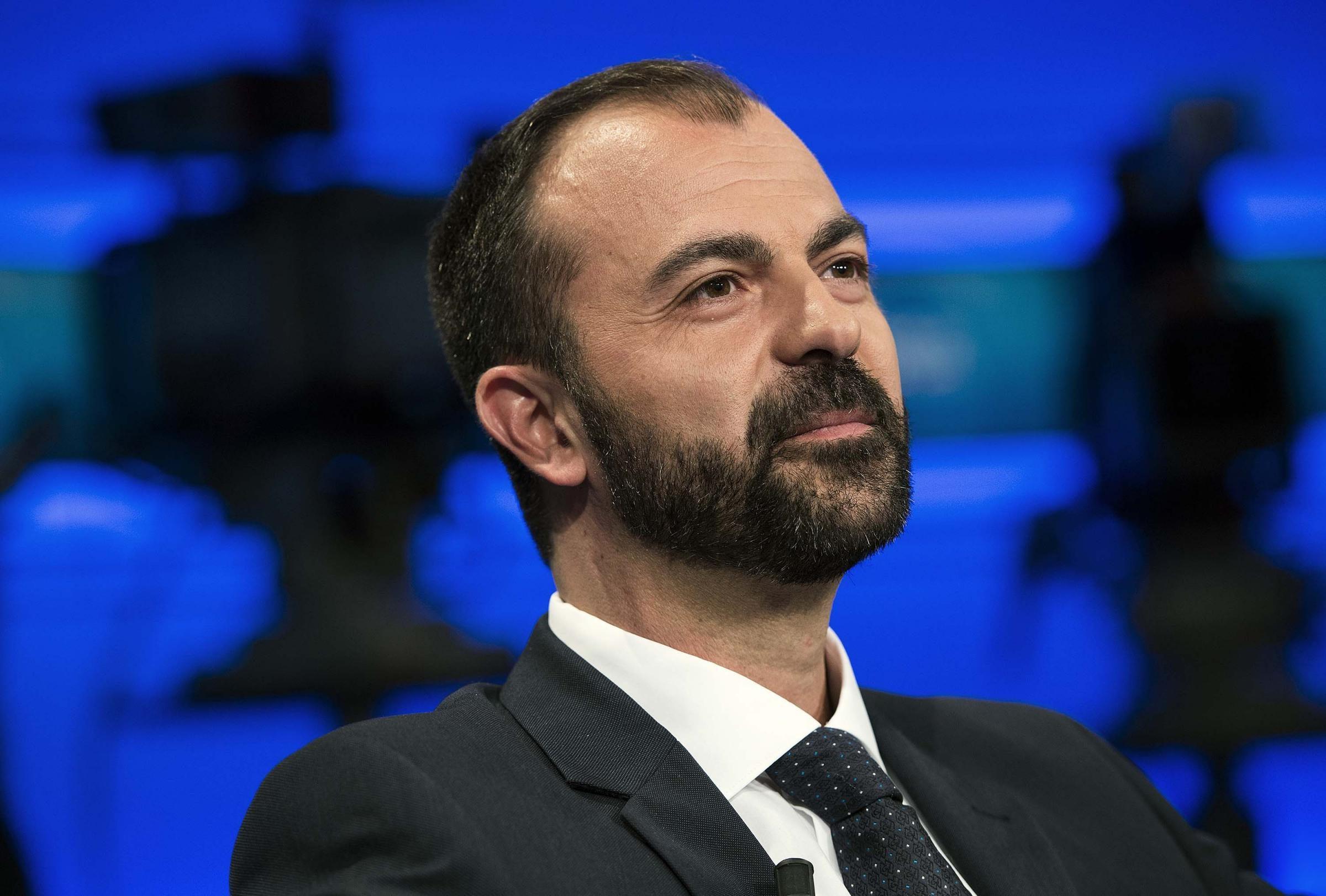 Scuola: Sondaggio futuro Ministro, il 28% vorrebbe il ritorno di Fioramonti