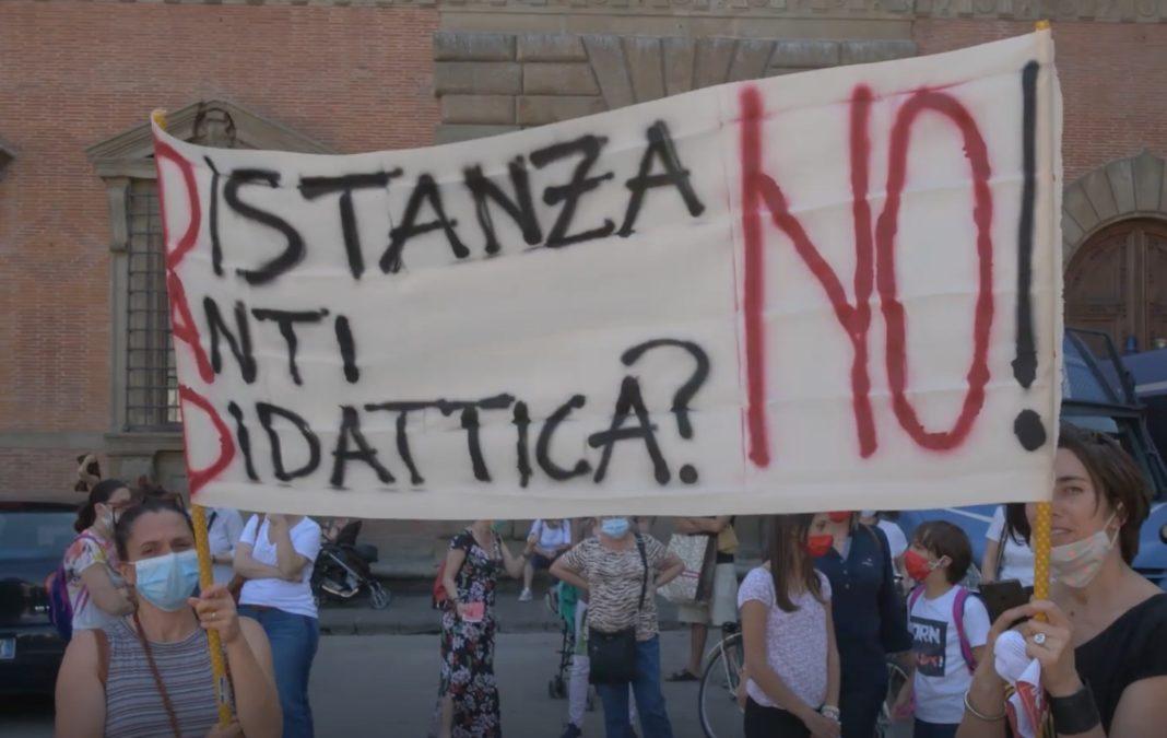 Scuola: No Dad, in Campania diritto istruzione è compromesso