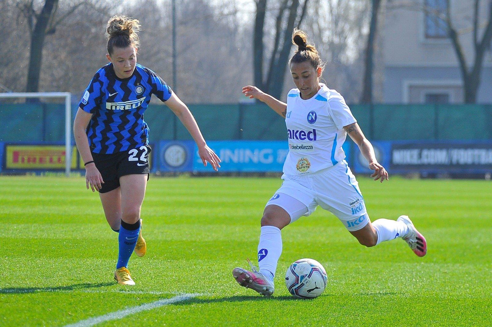 Buon pareggio per il Napoli in casa dell'Inter, con le azzurre che così mantengono inalterato il distacco dal San Marino.