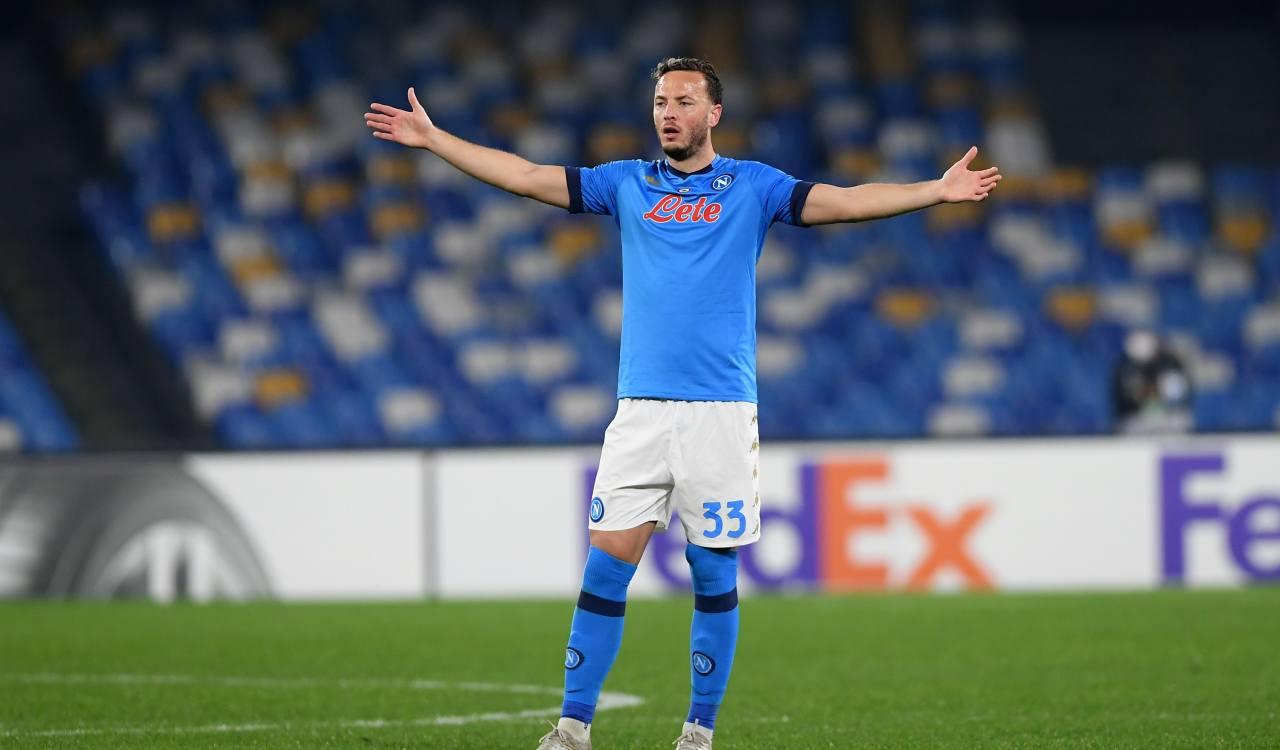 Harakiri Napoli, pareggia con il Verona ed è fuori dalla Champions