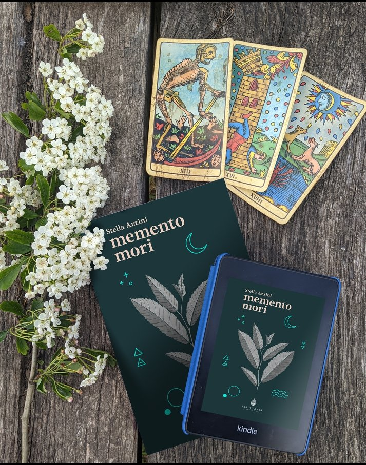 Memento Mori è il romanzo d'esordio di Stella Azzini, disponibile su Amazon.