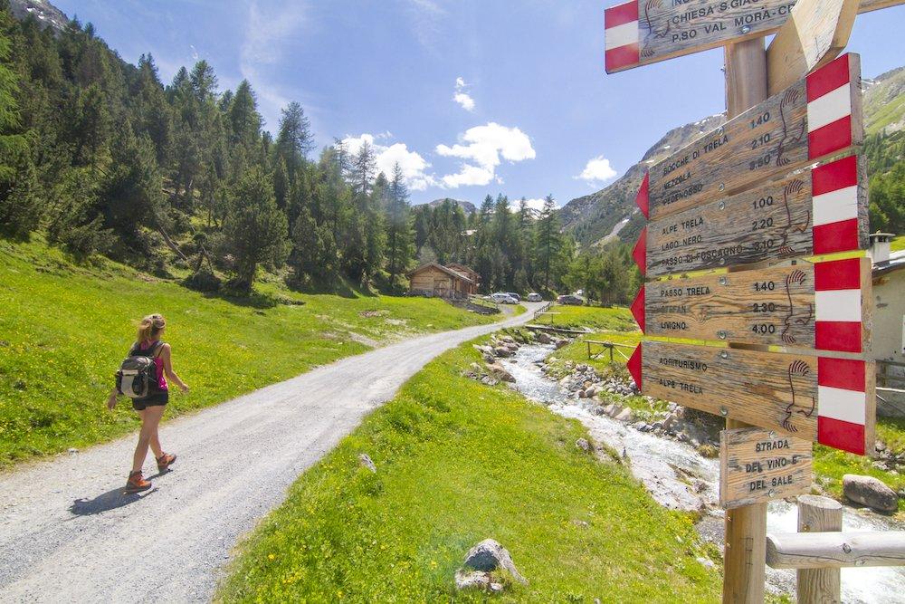 Destinazione bresaola: trekking e panini per scoprire la Valtellina