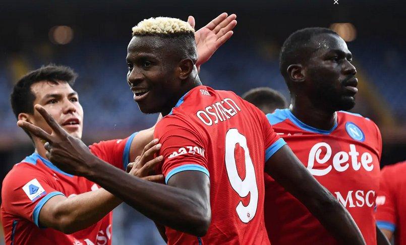 Il Napoli domina a Genova, quinta vittoria consecutiva