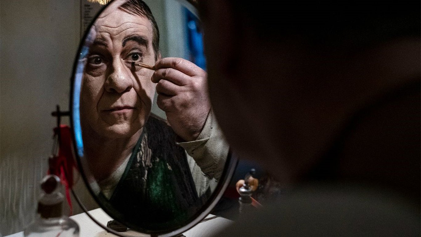 """Cinema: Martone a Venezia """"Campania motore di vitalità"""""""